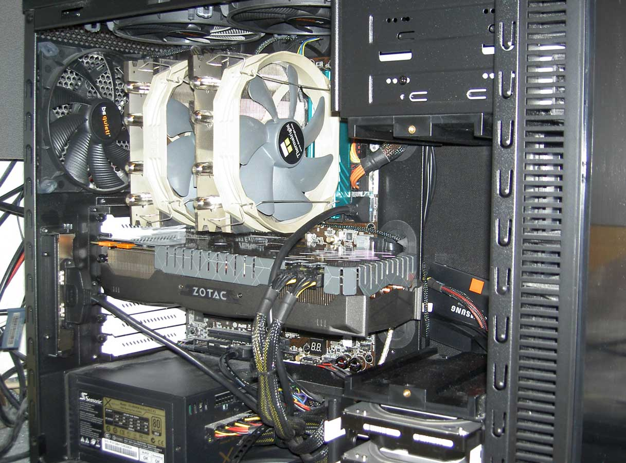 Oli's PC von innen